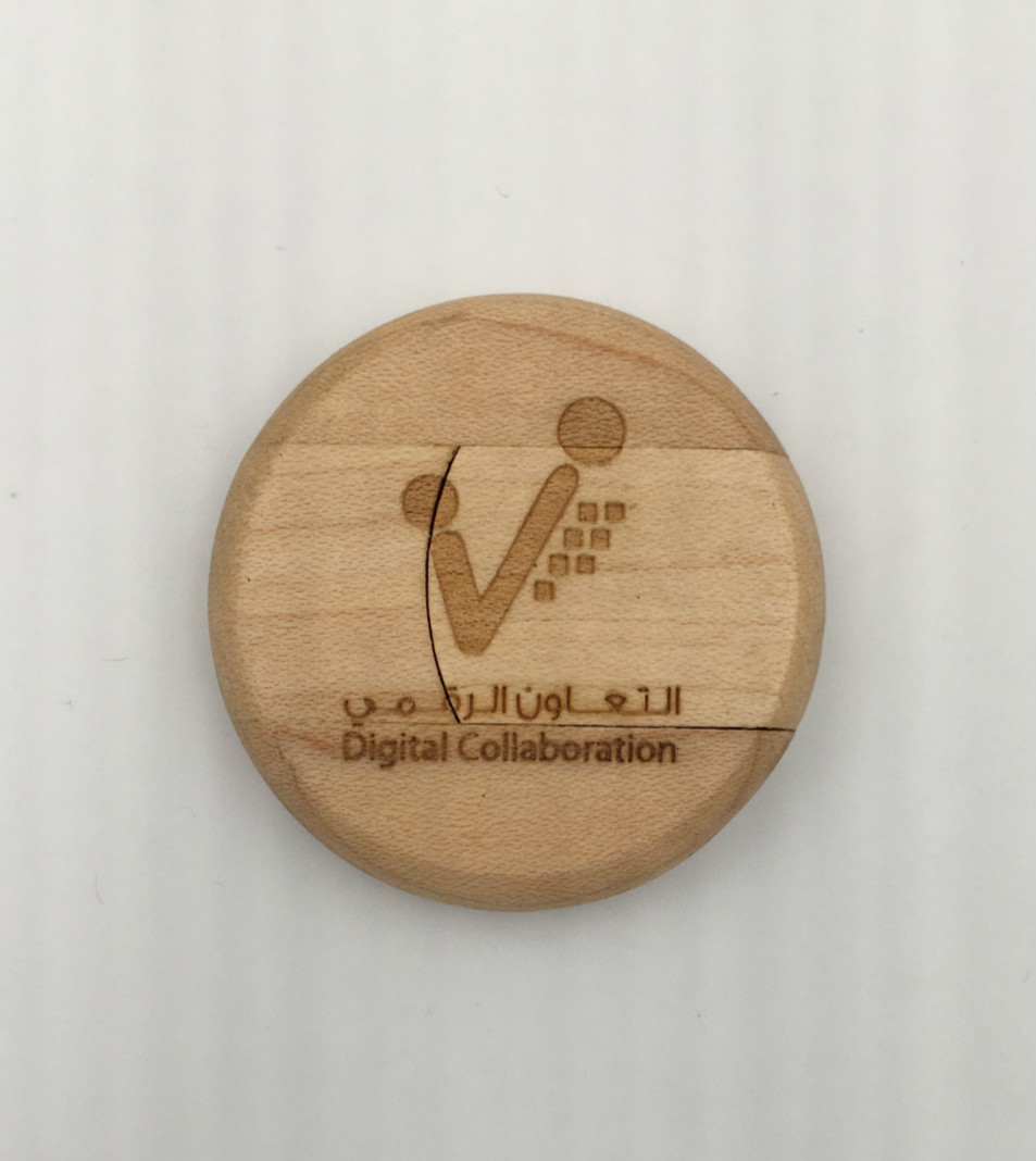 Round wooden usb drive